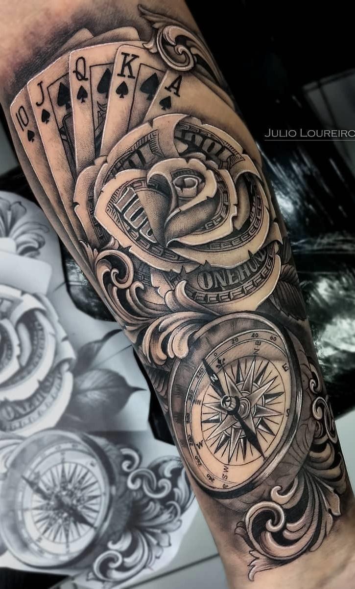 tatuagem-de-baralho-no-antebraço