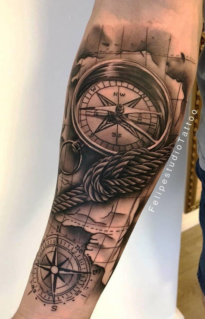 tatuagem-de-bussola-no-antebraço