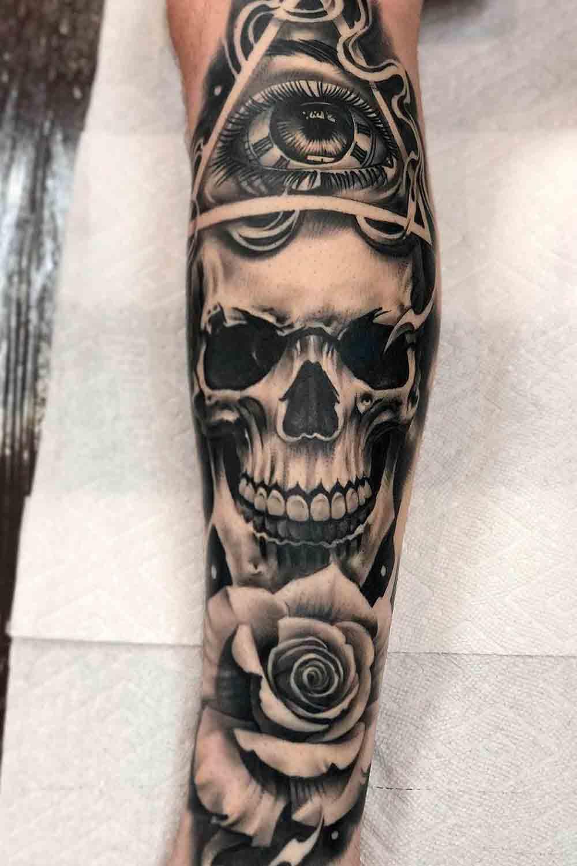 tatuagem-de-caveira-na-perna