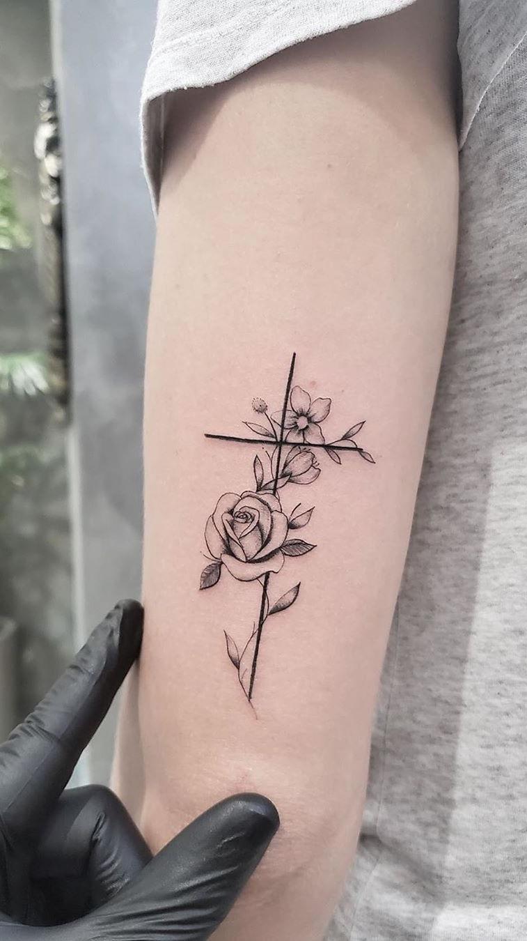 tatuagem-de-cruz
