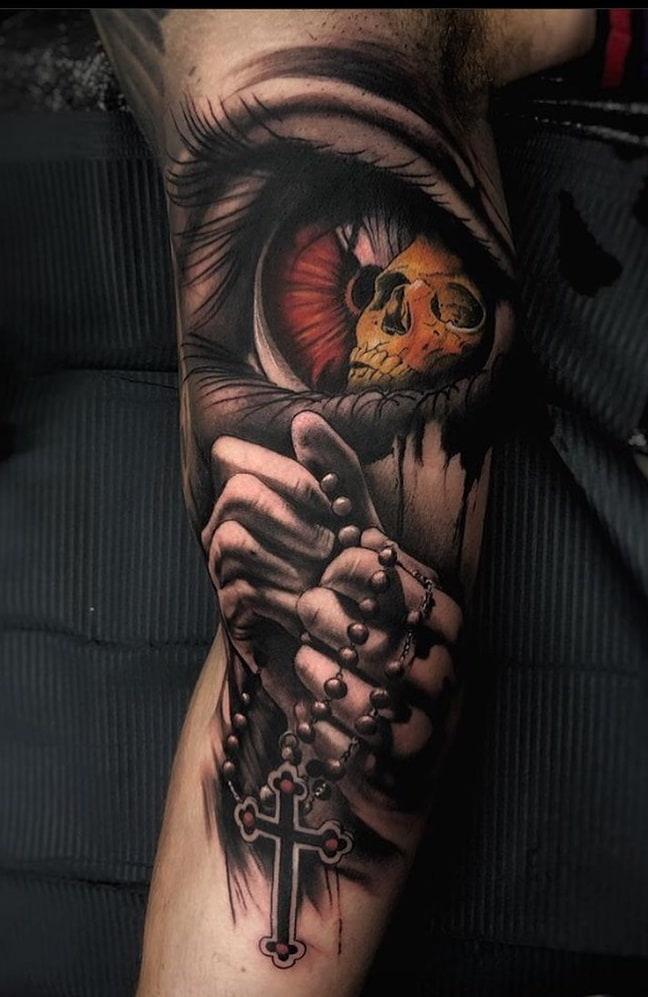 tatuagem-de-duas-mãos-rezando-1