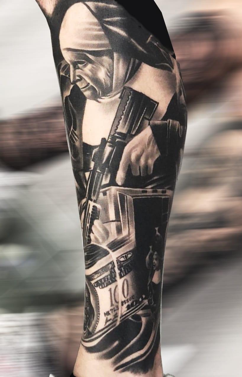 tatuagem-de-freira-armada-na-perna