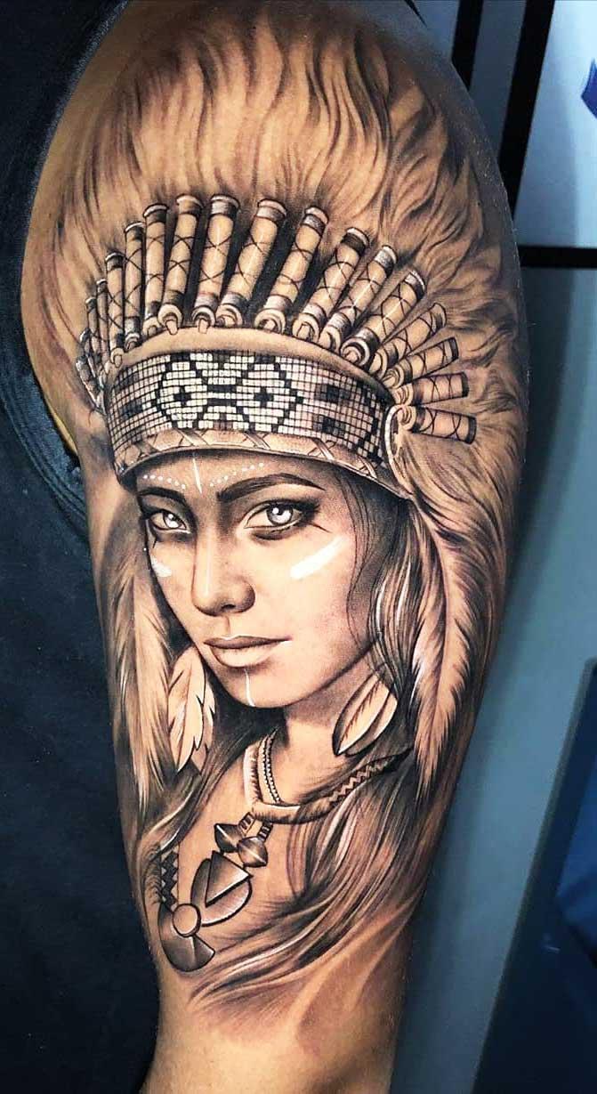 tatuagem-de-india-na-parte-sueperior-do-braco