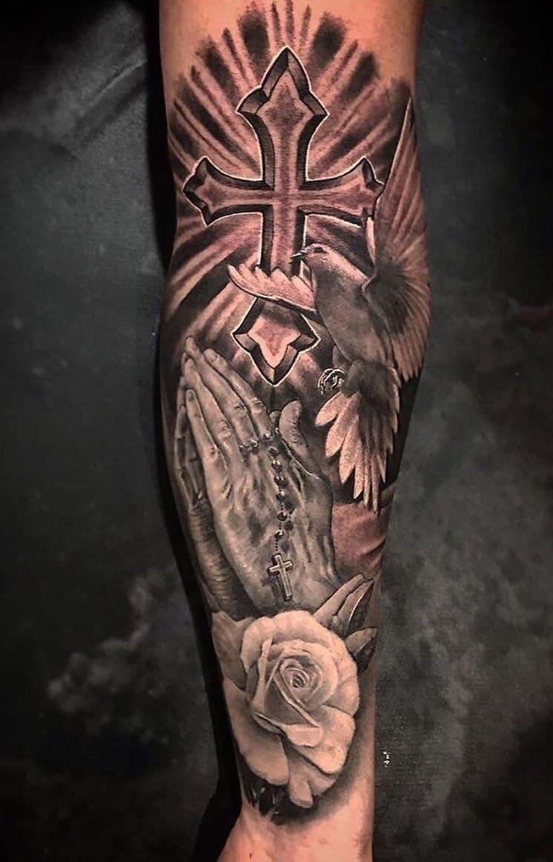 tatuagem-duas-mãos-orando