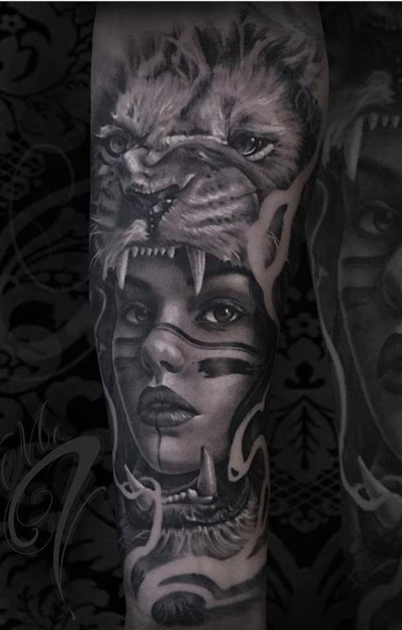 tatuagem-feminina-de-leão-106