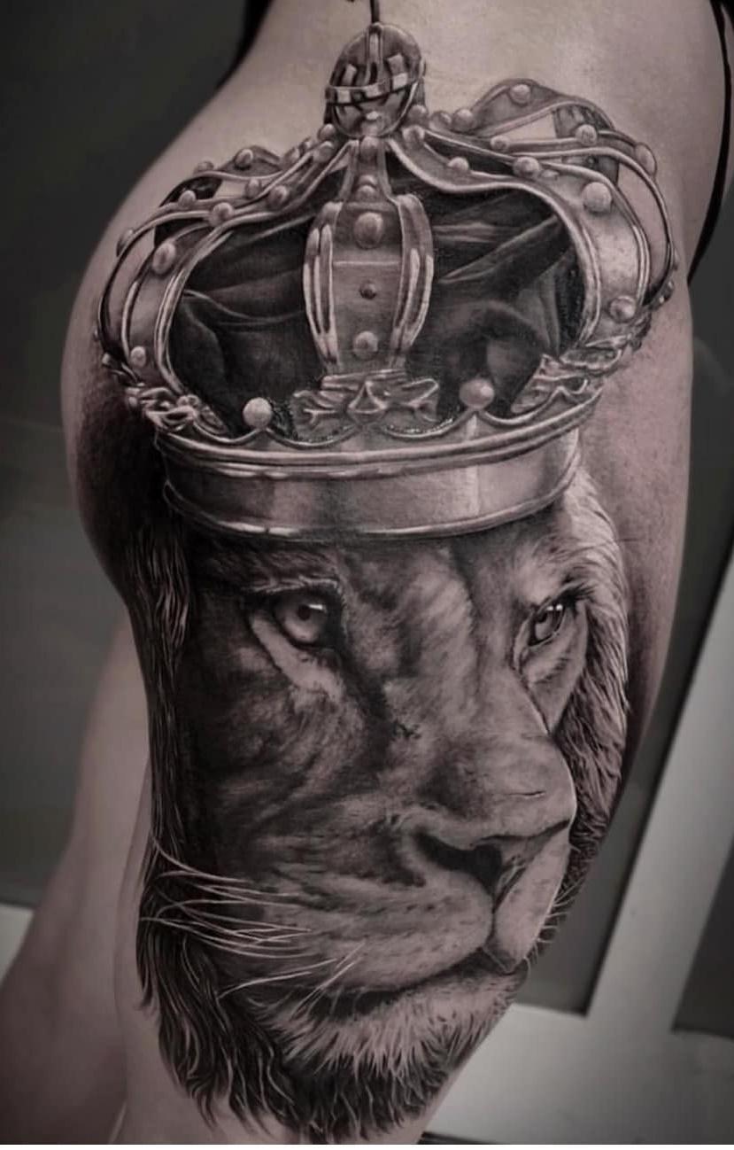 tatuagem-feminina-de-leão-107