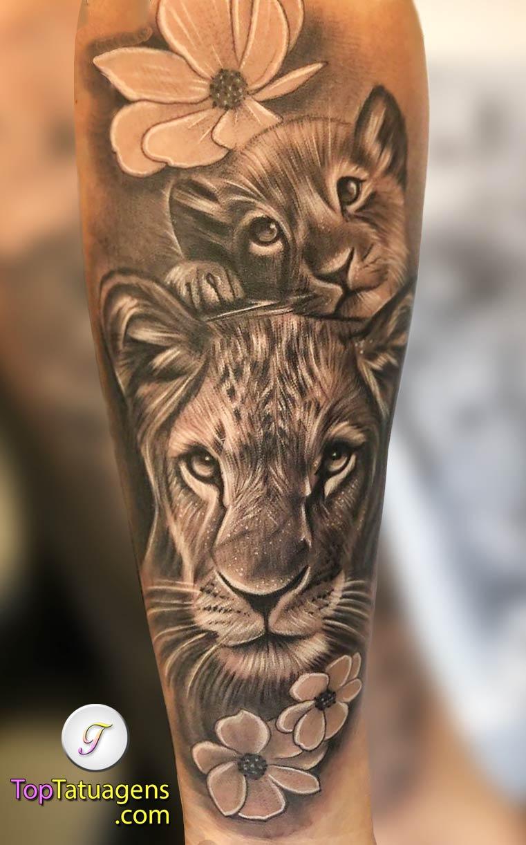tatuagem-feminina-de-leão-52