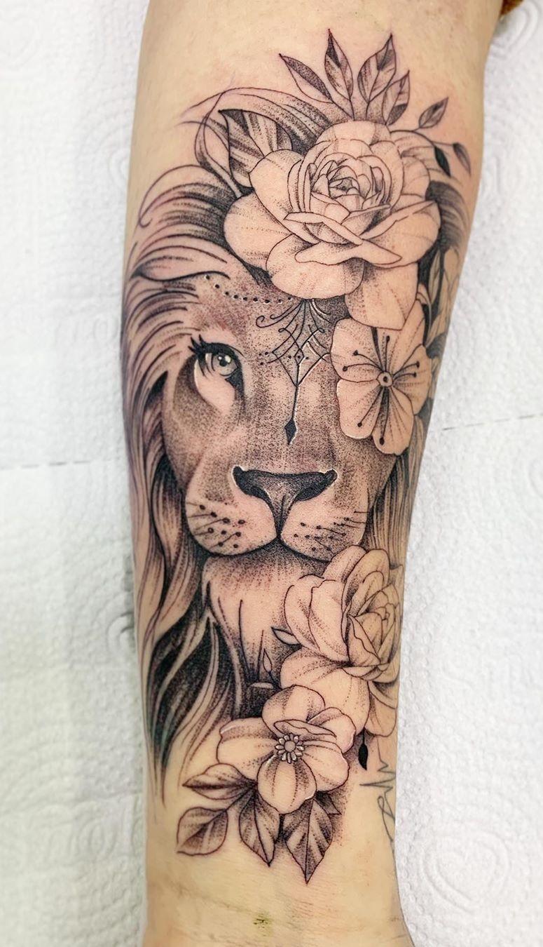 tatuagem-feminina-de-leão-65