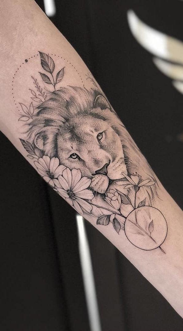 tatuagem-feminina-de-leão-85