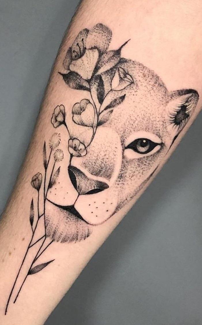 tatuagem-feminina-de-leão-91