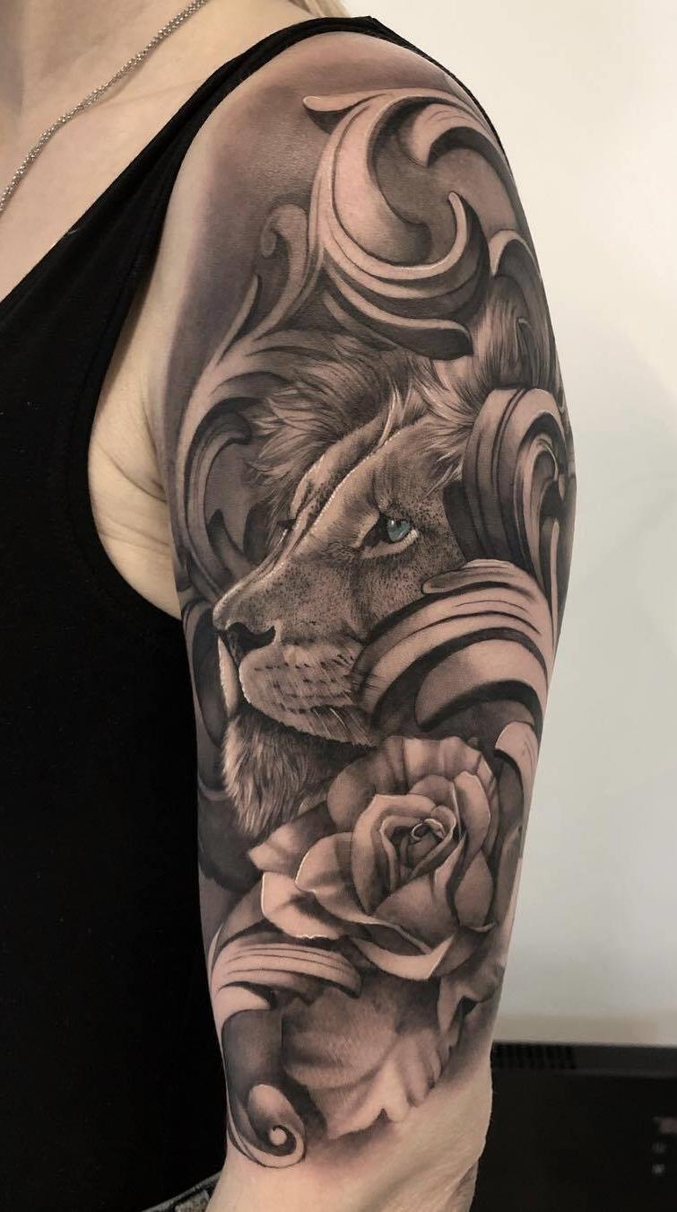 tatuagem-feminina-de-leão-95