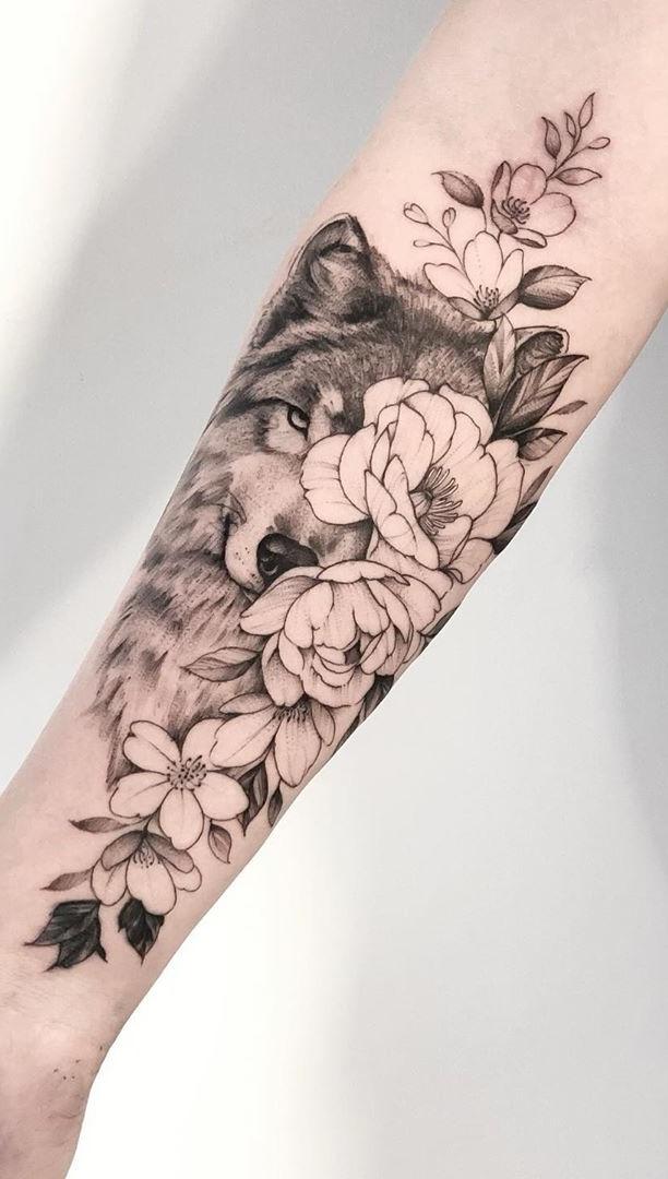 tatuagem-feminina-de-lobo-2