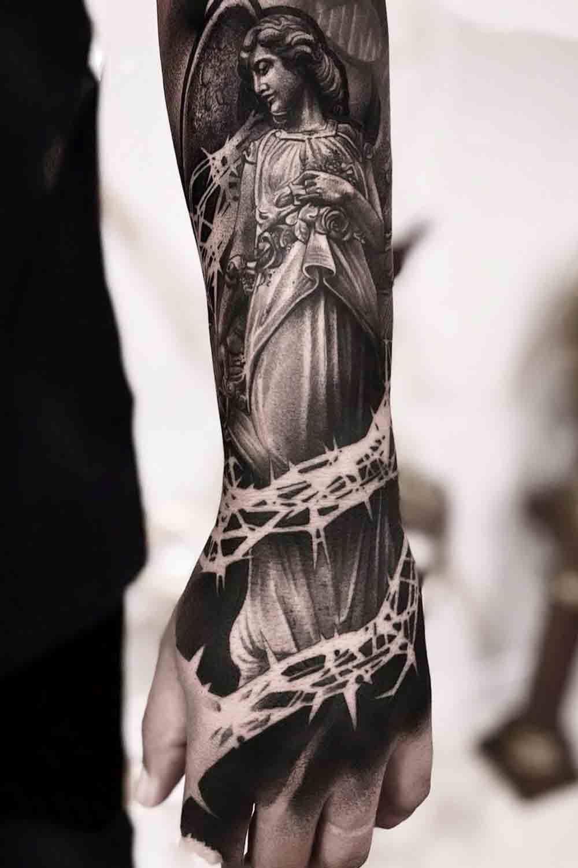 tatuagem-religiosa-no-antebraco