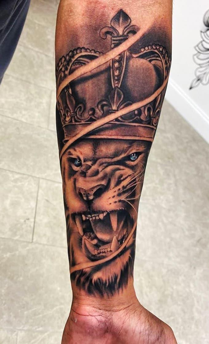 tatuagens-de-leão-masculinas-21