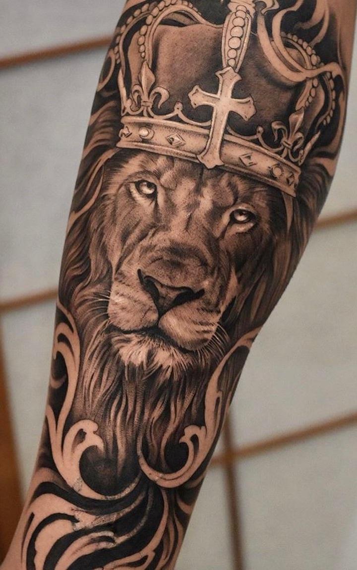 tatuagens-de-leão-masculinas-31