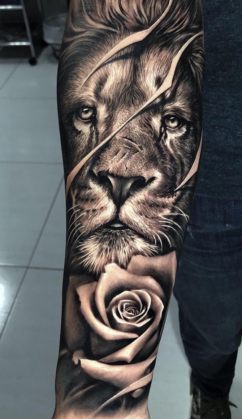 tatuagens-de-leão-masculinas-44