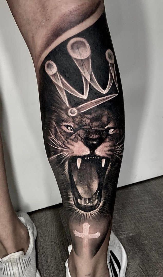 tatuagens-de-leão-masculinas-46