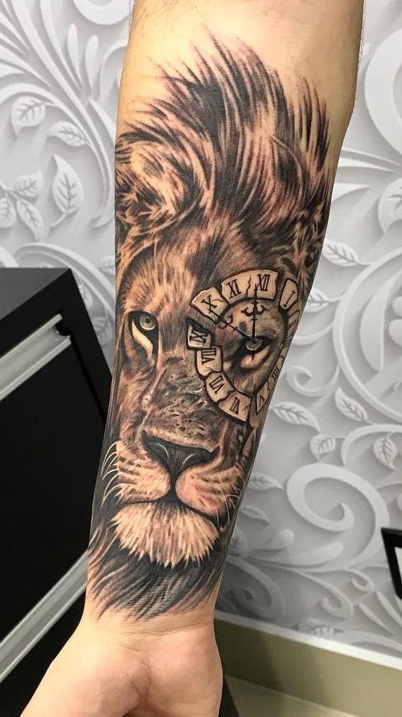 tatuagens-de-leão-masculinas-52