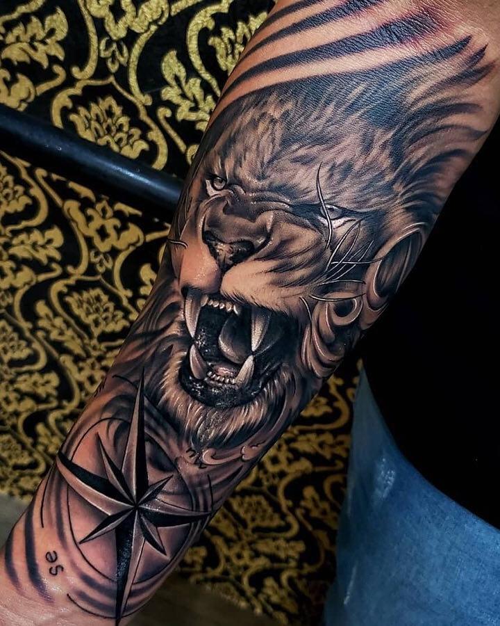 tatuagens-de-leão-masculinas-64