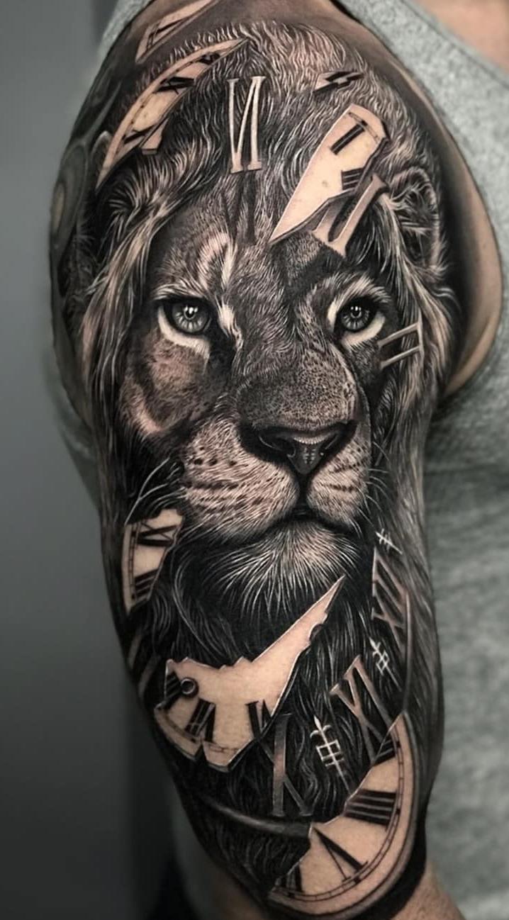 tatuagens-de-leão-masculinas-90