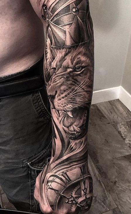 tatuagens-de-leão-masculinas-92