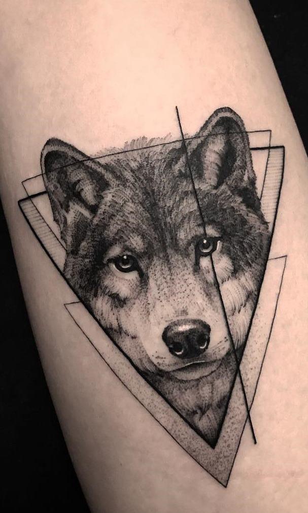tatuagens-de-lobo-geométricas-7