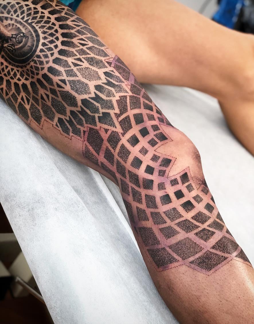 tatuagens-femininas-na-perna-61
