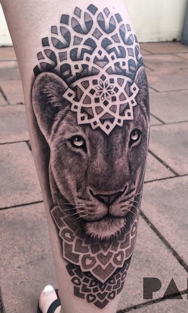 tatuagens-geométricas-na-perna-1