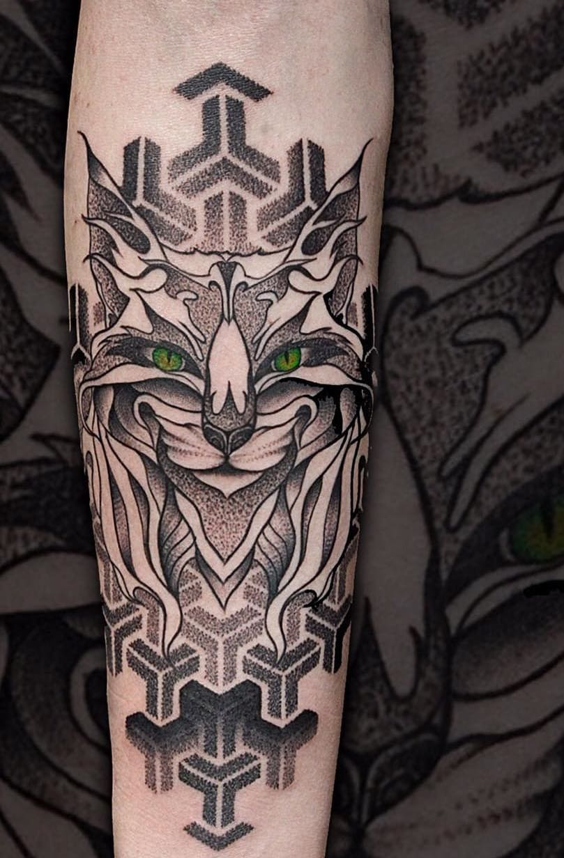 tatuagens-geométricas-no-antebraço-10