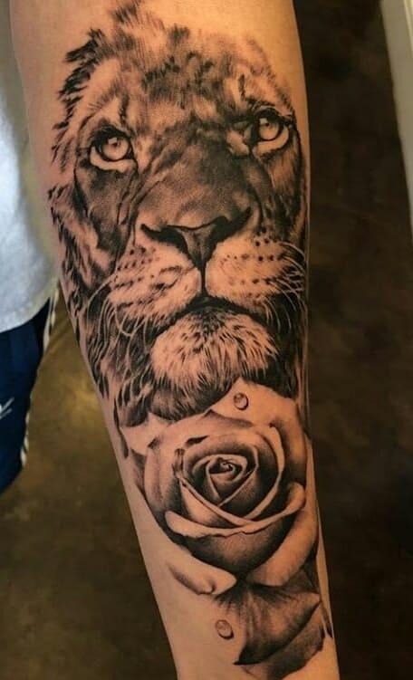 fotos-de-tatuagens-de-leão-masculinas-15