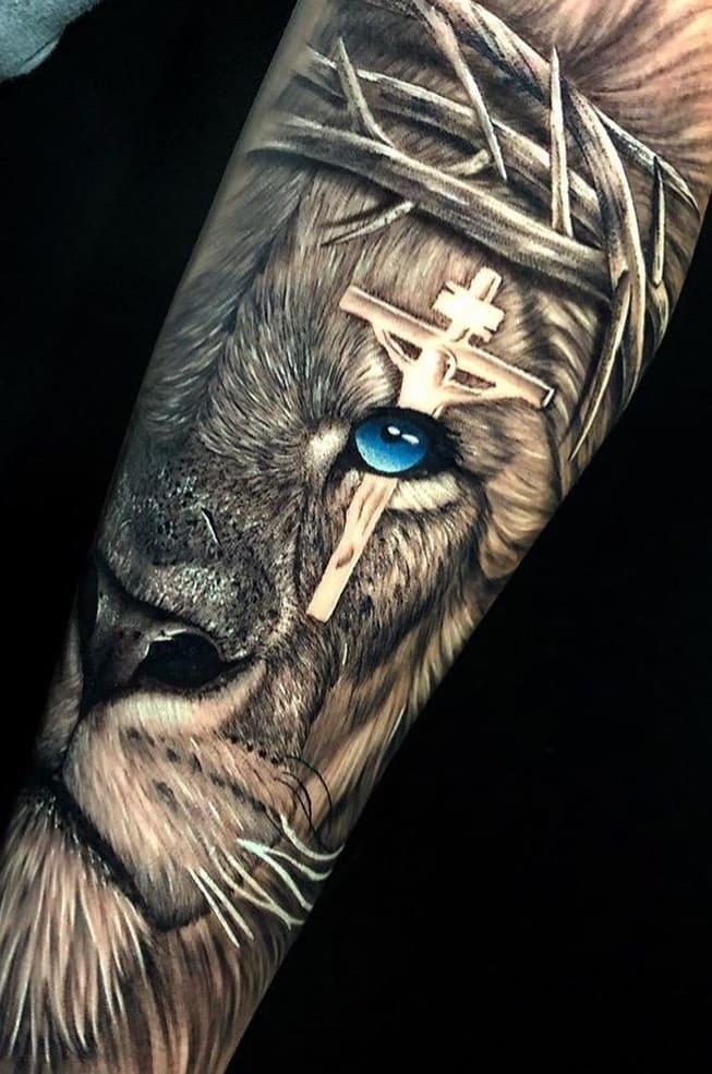 fotos-de-tatuagens-de-leão-masculinas-4