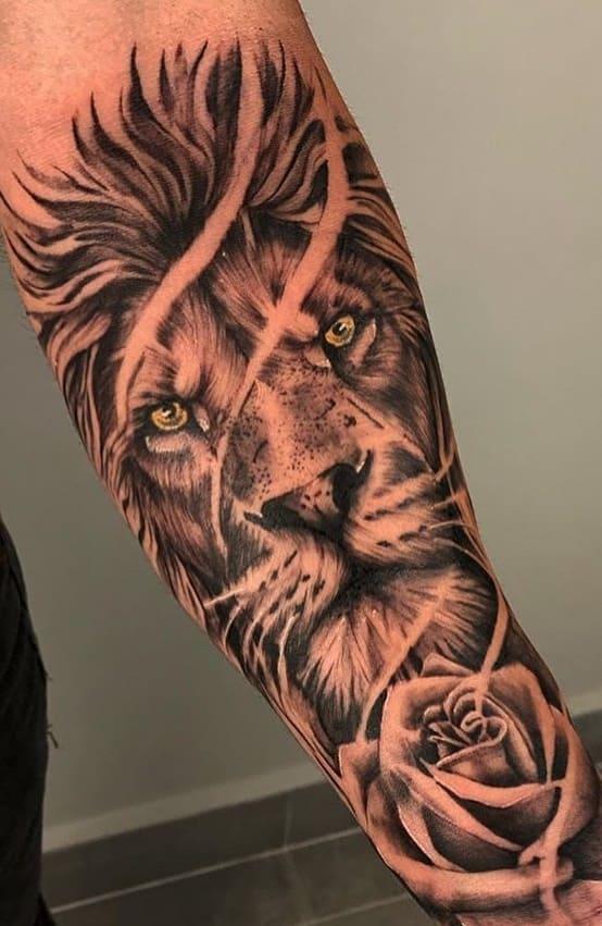fotos-de-tatuagens-de-leão-masculinas-6