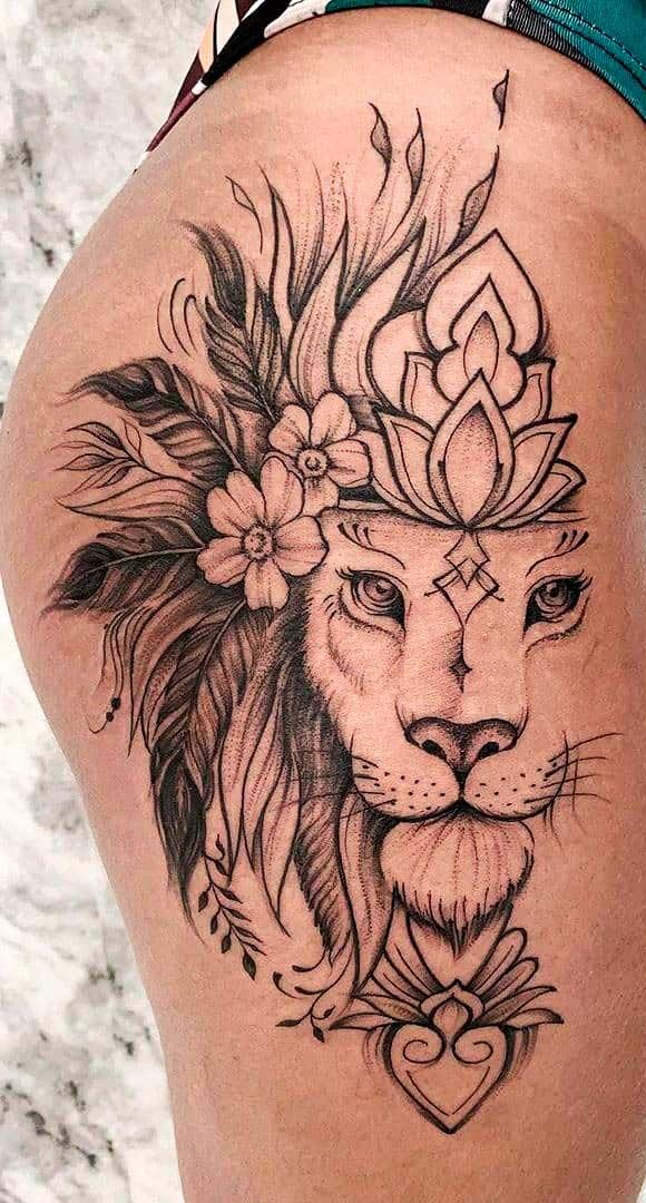 tatuagem-de-leao-no-quadril