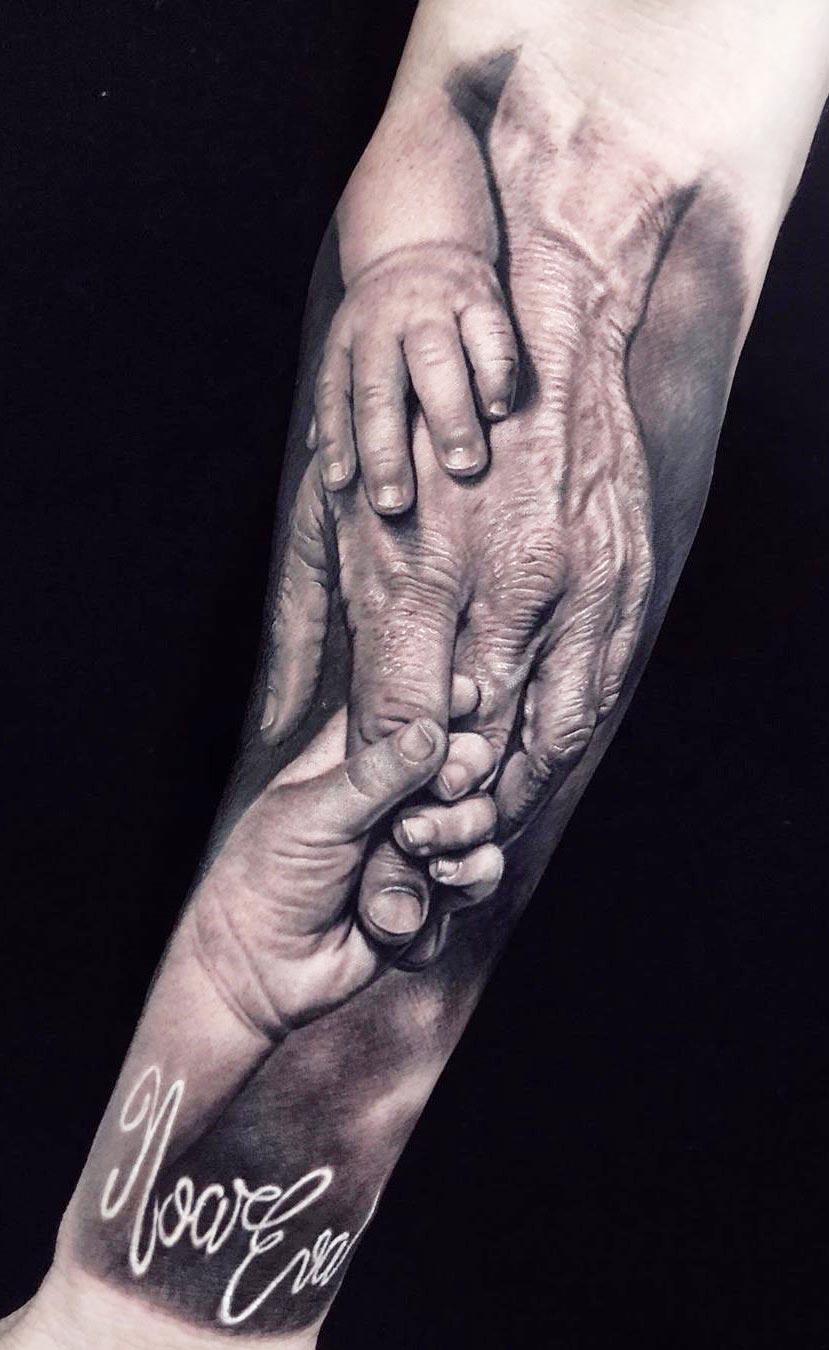 tatuagem-de-mãos-se-tocando