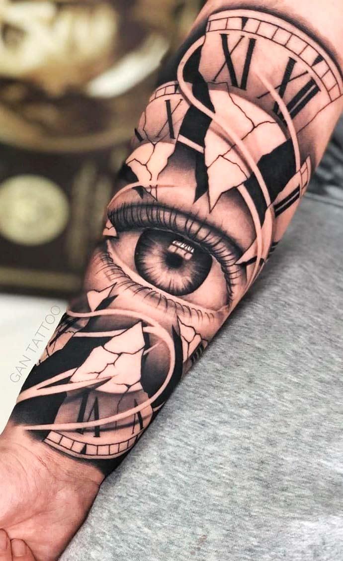 tatuagem-de-olho-e-relogio-no-antebraço