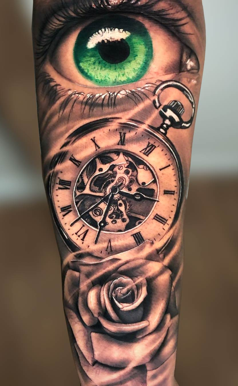 tatuagem-de-olho-verde-no-antebraço
