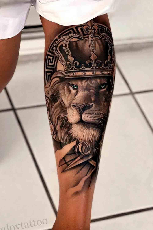 tatuagem-realista-de-leao-na-panturrilha