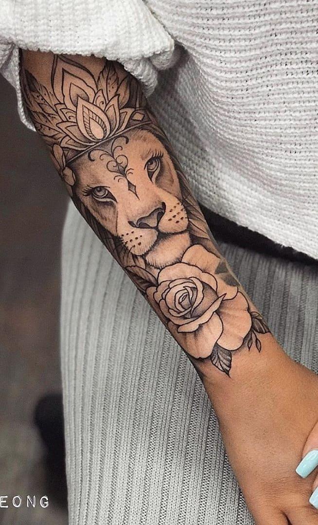 Tatuagem-feminina-no-antebraço-TopTatuagens-13