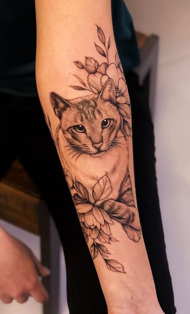 Tatuagem-feminina-no-antebraço-TopTatuagens-18