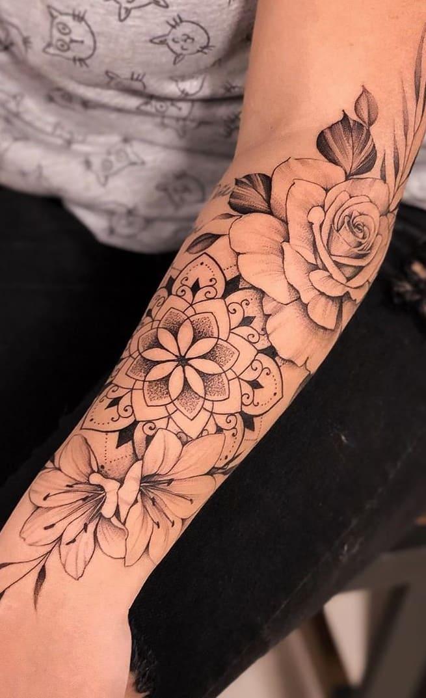 Tatuagem-feminina-no-antebraço-TopTatuagens-19