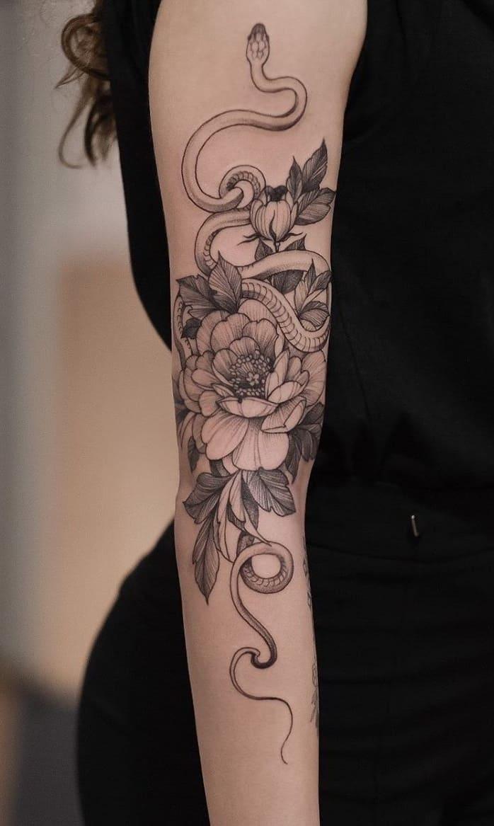 Tatuagem-feminina-no-antebraço-TopTatuagens-30