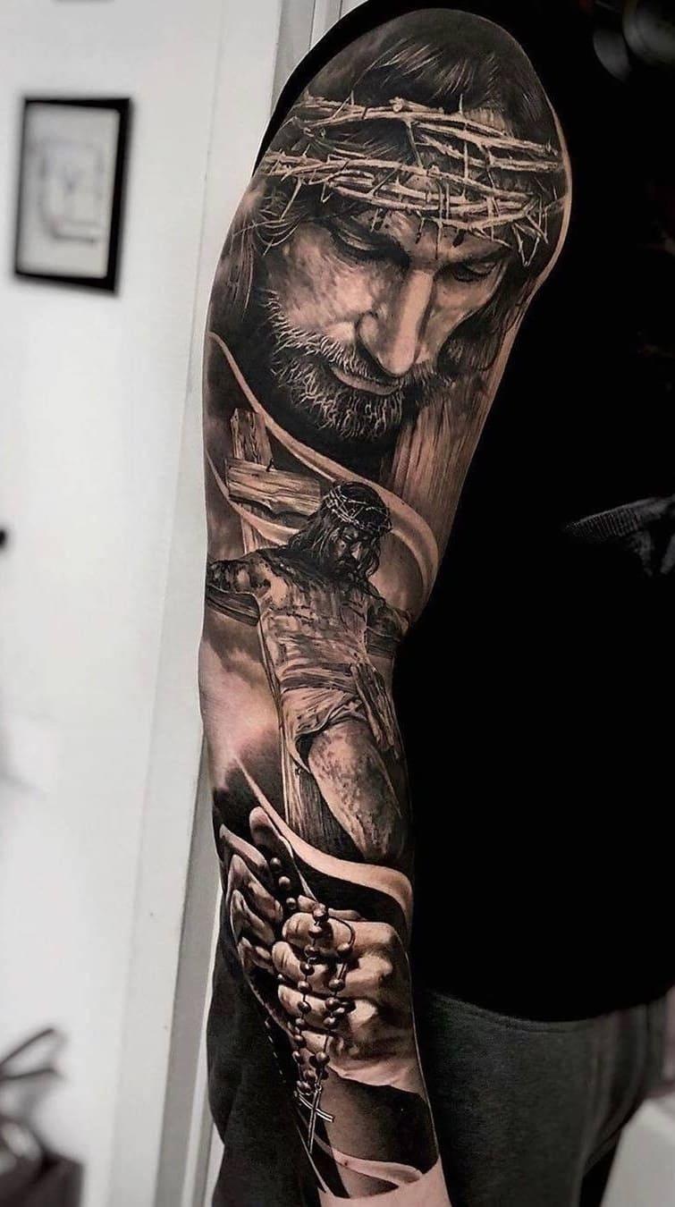 braço-fechado-de-tatuagem-11