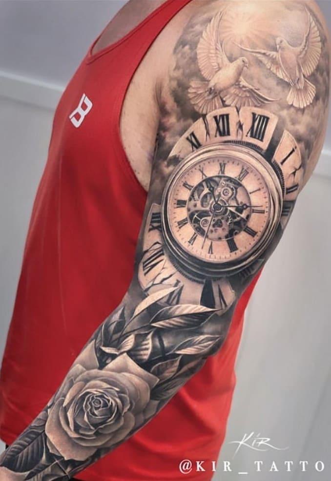 braço-fechado-de-tatuagem-25