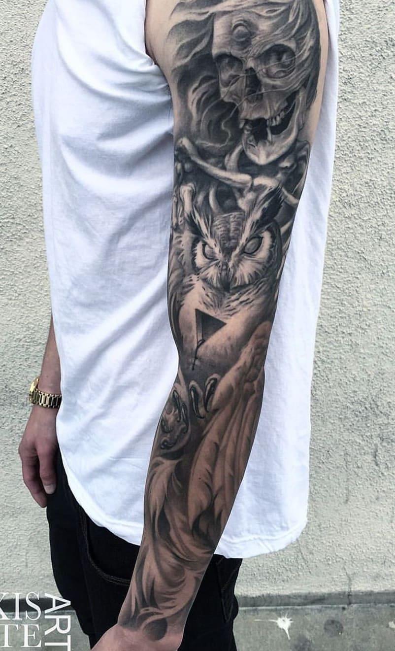 braço-fechado-de-tatuagem-26