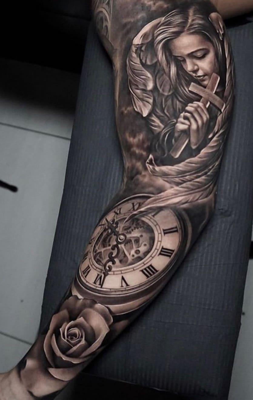 braço-fechado-de-tatuagem-3