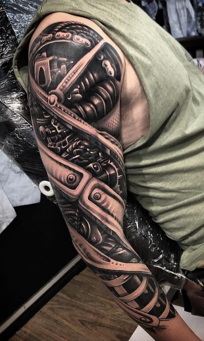 braço-fechado-de-tatuagem-5