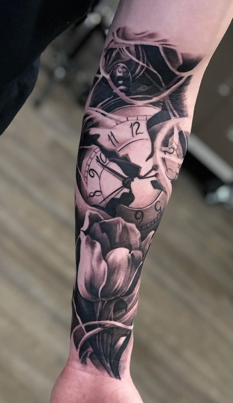 f-fotos-de-tatuagens-masculinas-no-antebraço-23