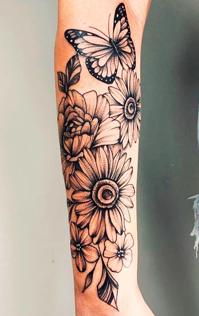 tatuagem-de-borboleta-e-girassol-no-antebraco