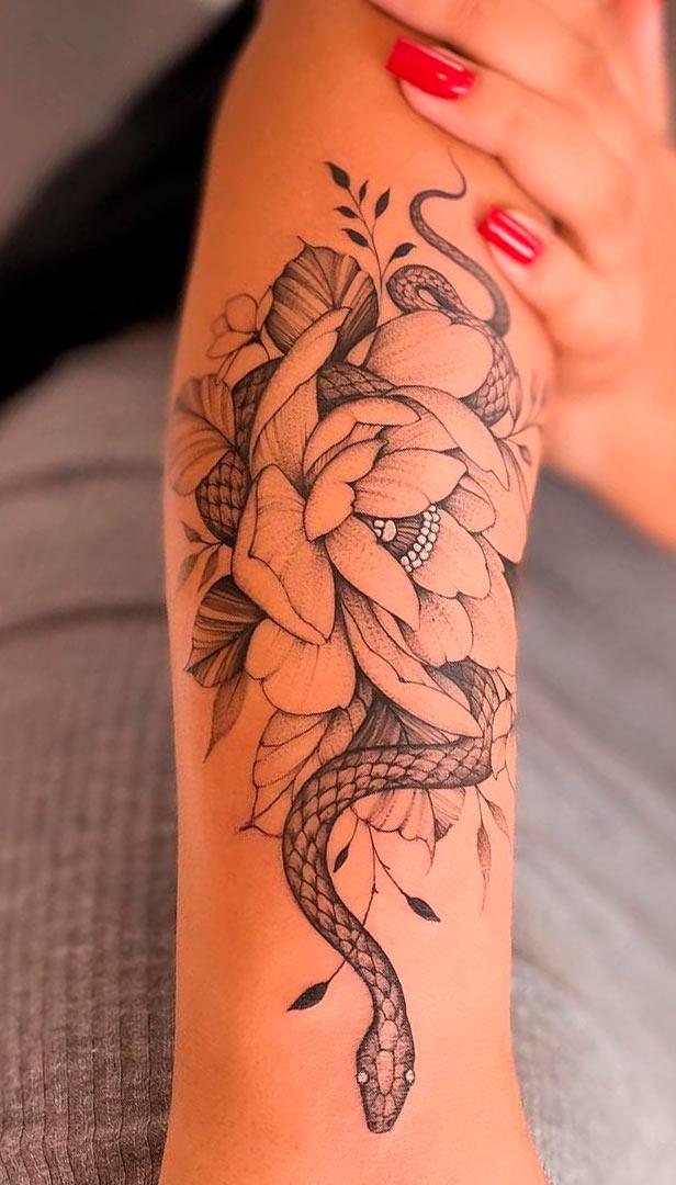 tatuagem-de-cobra-no-antebraco