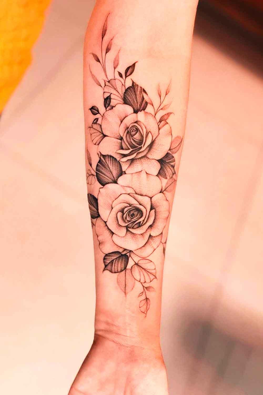 tatuagem-de-rosas-no-antebraco